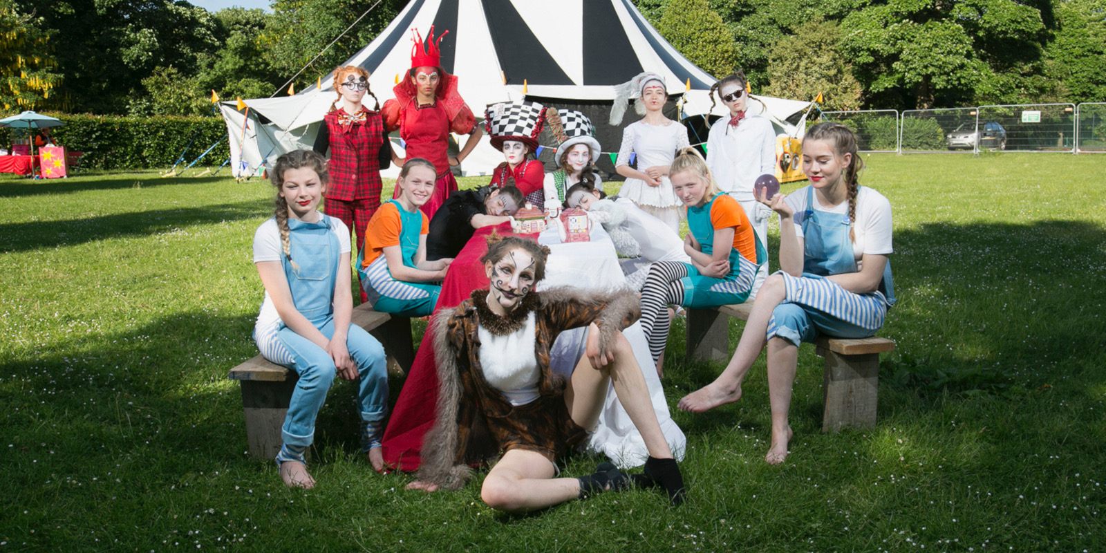 'Alice in Wonderland' show, troupe group photo